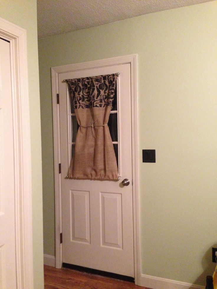 Burlap Door Curtain With Magnetic Curtain Rods For The Home Pinterest Curtain Rods Keep