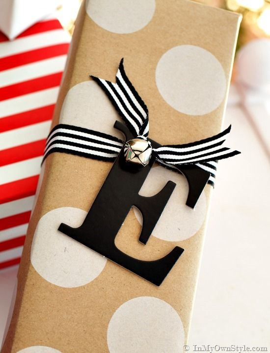 Letter-and-number-gift-tags-that-you-can-easily-make-in-minutes: