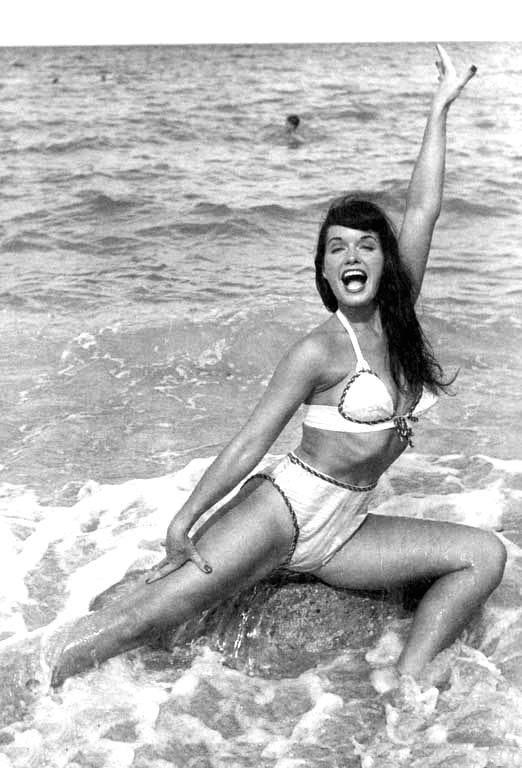 Betty Page Love It That She Made Her Own Bathing Suits Vintage And Beautiful Pinterest
