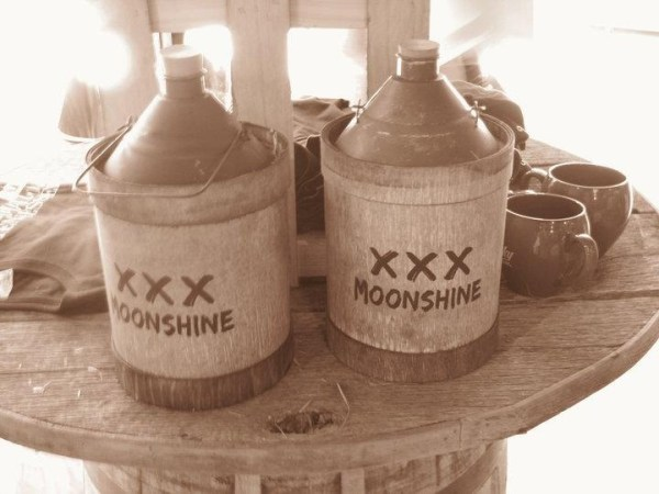 Moonshine Jugs Guitr Pickn M nshine Sipn Pinterest