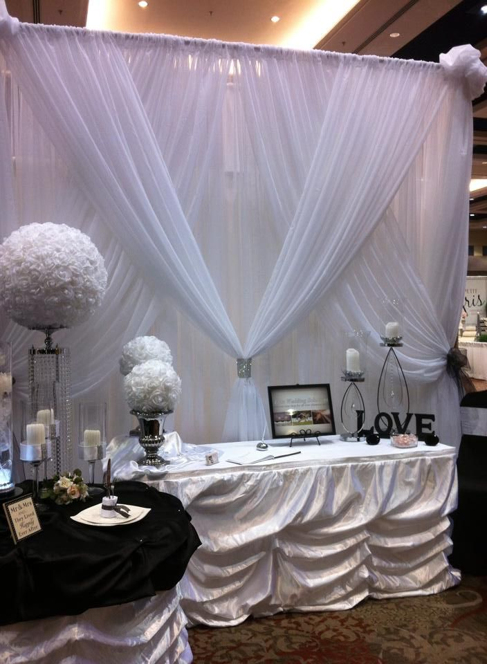25 Best Ideas About Bridal Show Booths On Pinterest