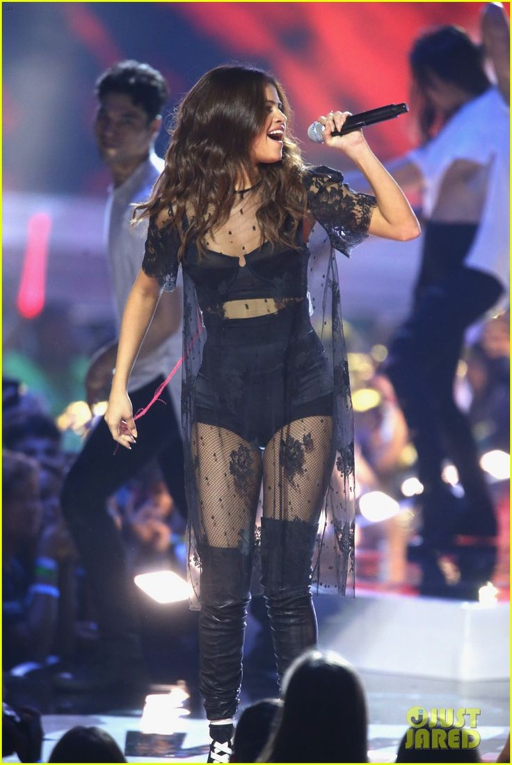 25 Best Ideas About Stage Outfits On Pinterest Selena