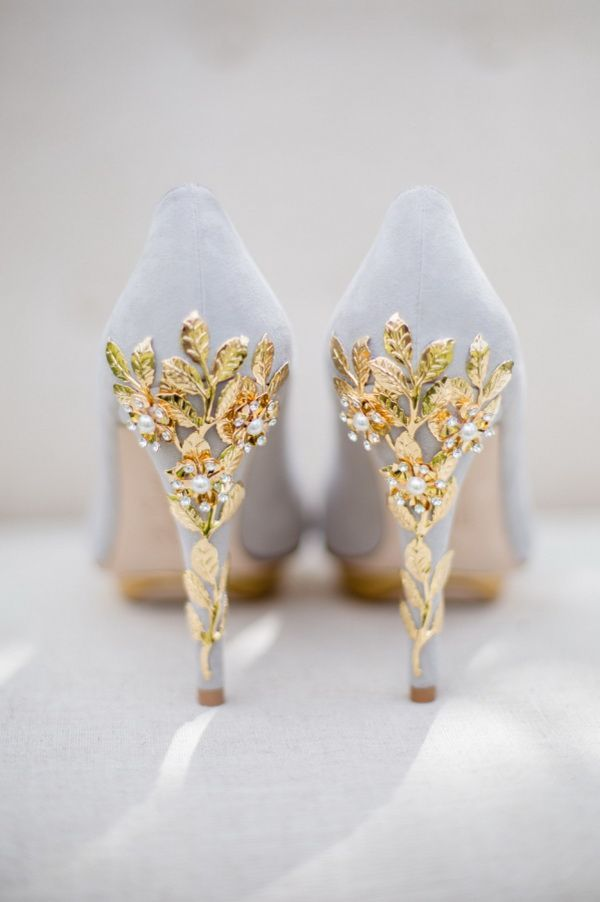 gogerous page gray wedding shoes with gold leaves and cherry blossom