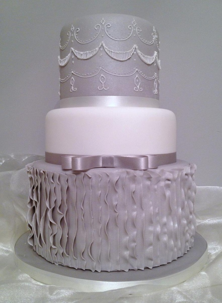 17 Best Images About Fondant Ruffle Cakes On Pinterest