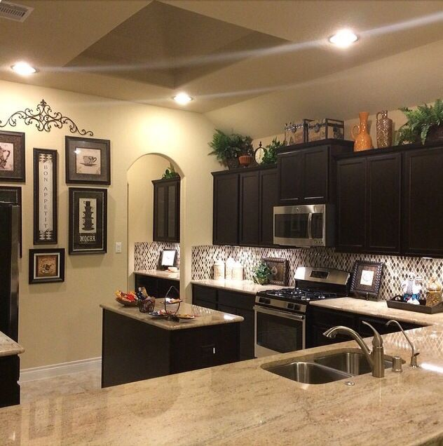 Dr horton interior paint colors for Affordable interior design tampa