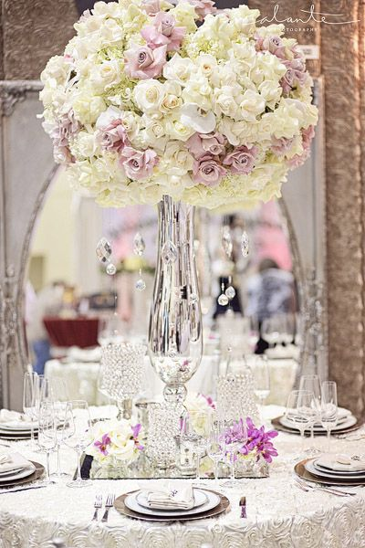 Glam and luxe wedding table