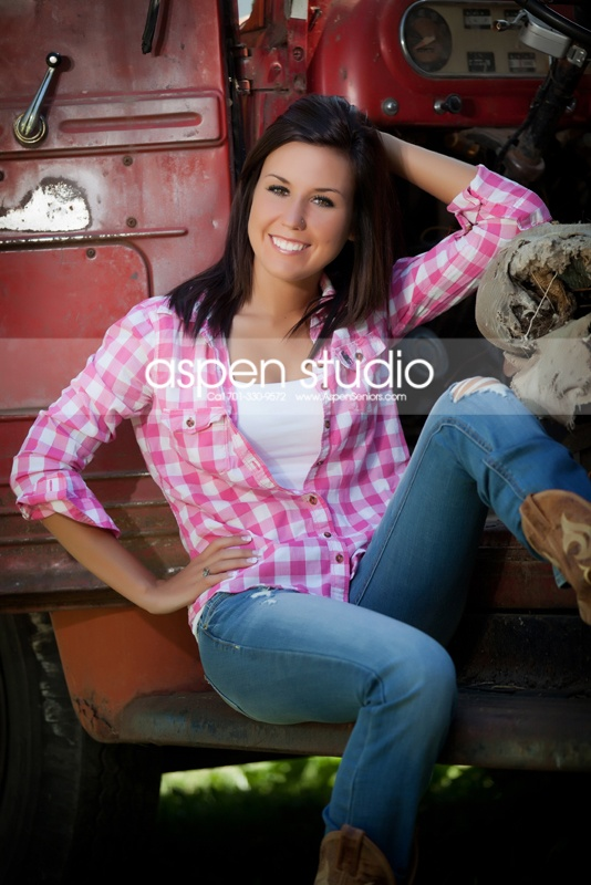 country cute senior photography ideas