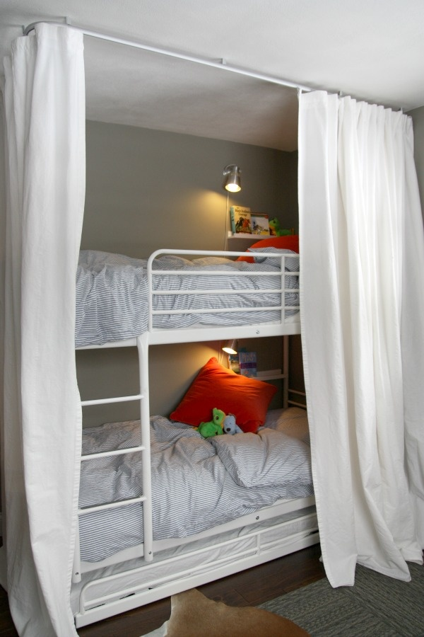 Bunk Beds Fort I Like The Book Ledge Amp Light For Each Bed Too For The Kids Pinterest
