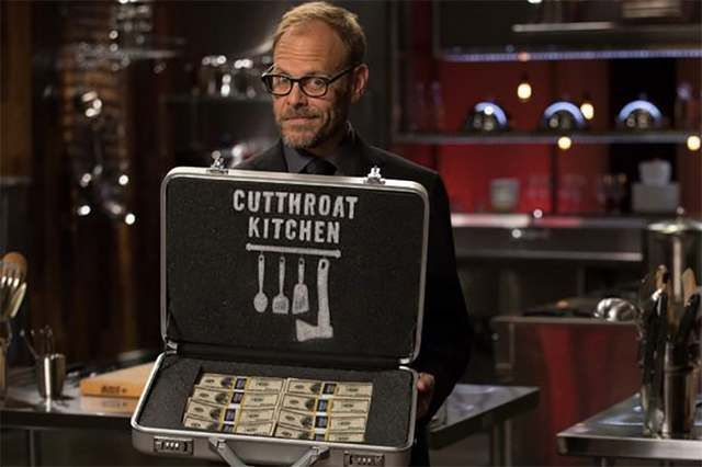 Cutthroat Kitchen Watch Host