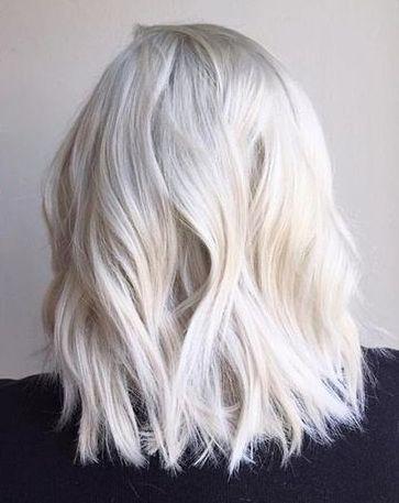 les 17 meilleures idées de la catégorie blond polaire sur pinterest couleur blonde platine