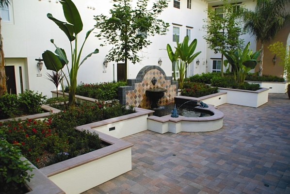 Smooth Stucco Wall With Capstone Landscape Design Pinterest Smooth And Stucco Walls