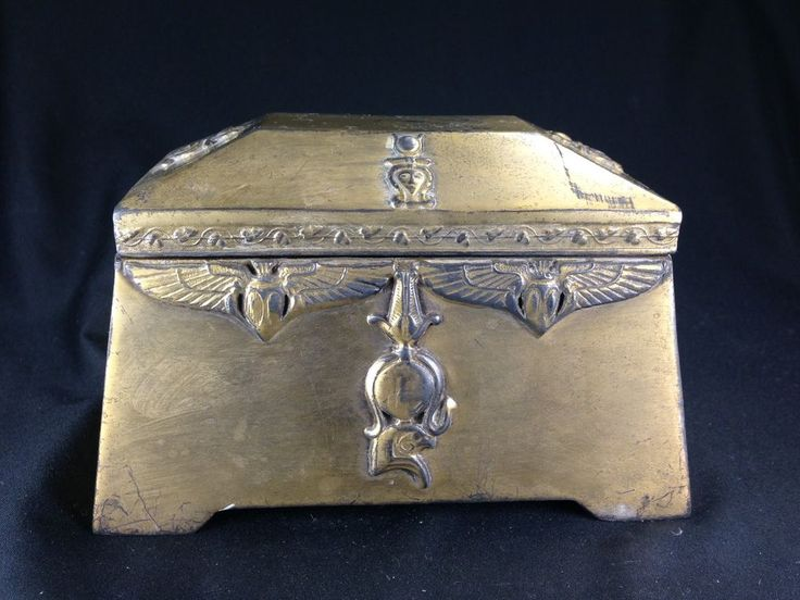 Antique Benedict Assyrian Gold C1900 Egyptian Jewelry Box