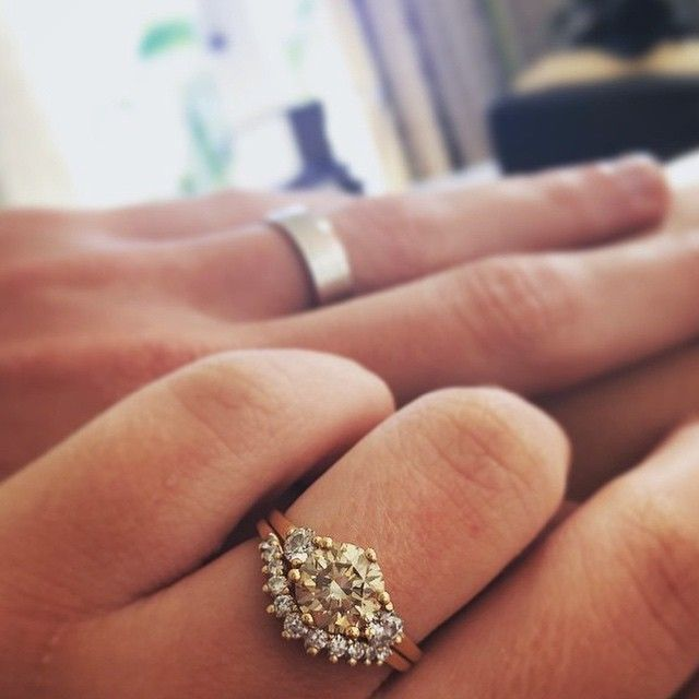 25 Best Ideas About Three Stone Rings On Pinterest