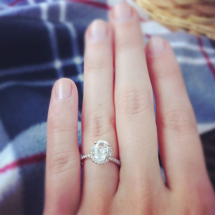 Awesome Engagement Ring Oval Stone No Diamonds Around