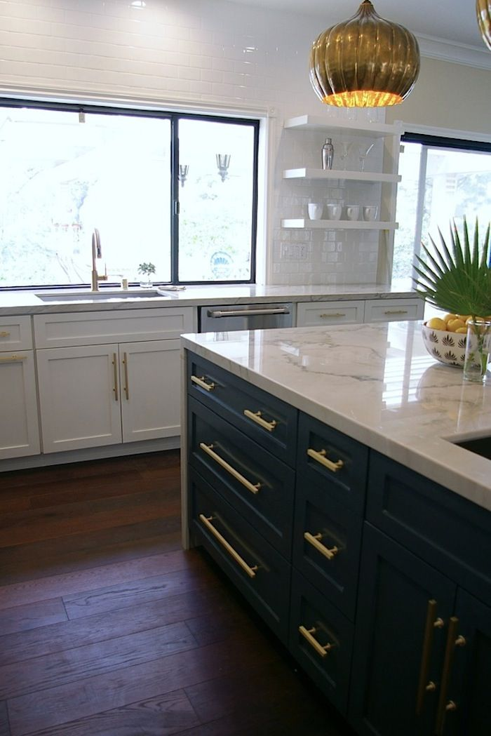 70 best black white gold images on pinterest on kitchen cabinets gold hardware id=12643
