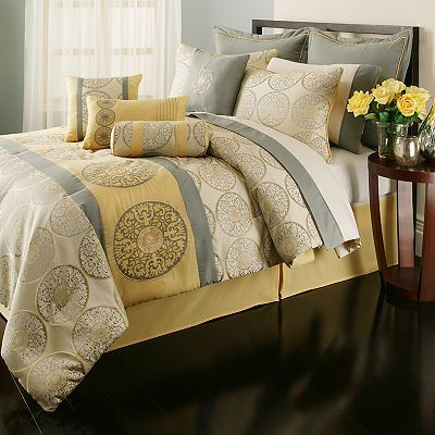Kyley 20 Pc Medallion Bed Set I Need This Is In My Life