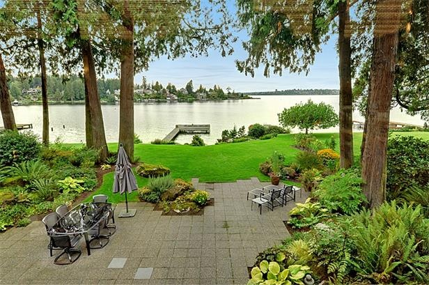 15 best Waterfront Backyard images on Pinterest on Lakefront Patio Ideas id=87979