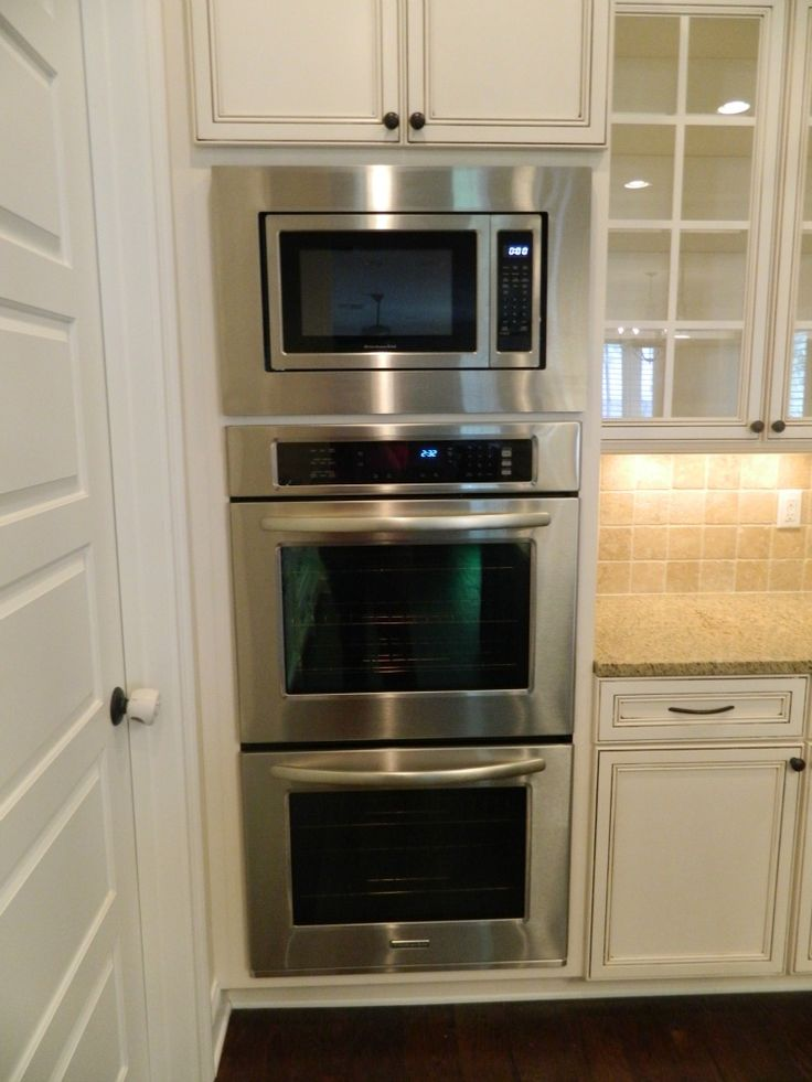 Double Oven With Microwave Oven In Kitchen Appliance