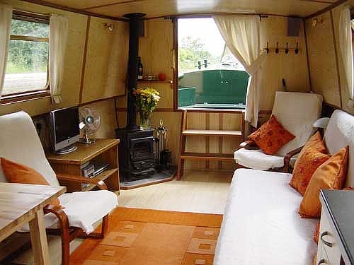 Narrow Boat -- Early Retirement In Europe? Efficient Floor