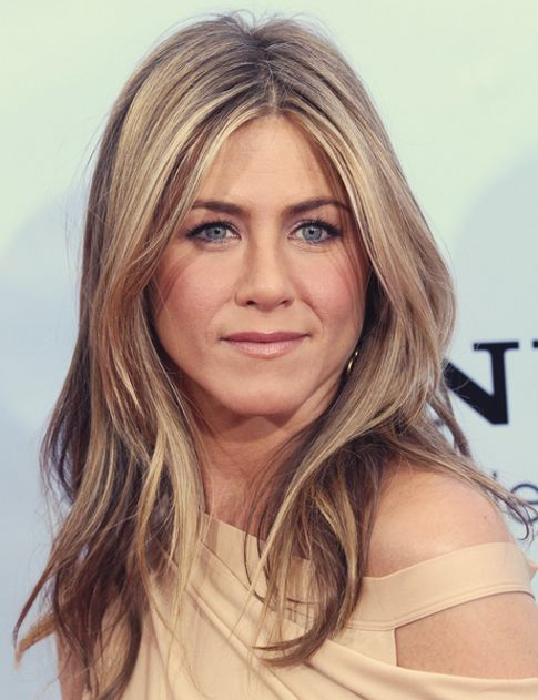 jennifer aniston hair:
