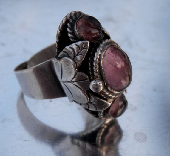 Vintage Mexican Poison Ring Sterling Silver Purple