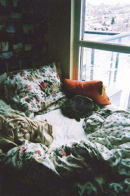 Best 25 Indie Bedroom Ideas On Pinterest