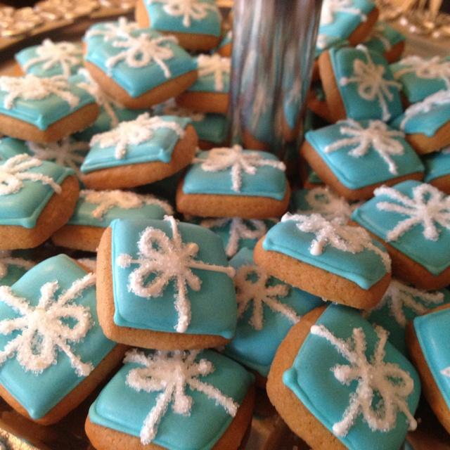 My Sister Ordered Tiffany Box Cookies From Eleni S New York For The Bridal Shower Wedding