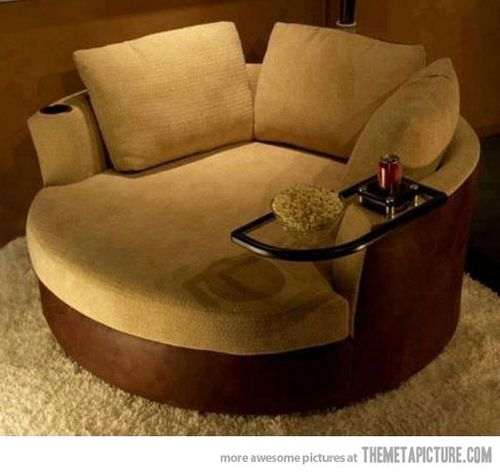 awesome cozy 1-2 person chair with mini coffee table