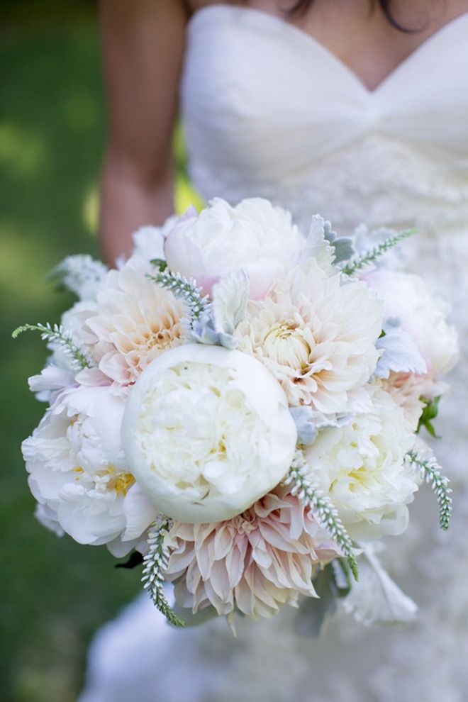 25 stunning wedding Bouquets – Part 13 – Belle the Magazine . The Wedding Blog For The Sophisticated Bride