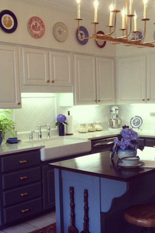 17 best images about dark blue kitchen on pinterest navy blue kitchens blue kitchen cabinets on kitchen cabinets blue id=62634
