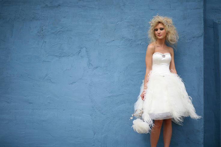 25+ Best Ideas About Feather Wedding Dresses On Pinterest