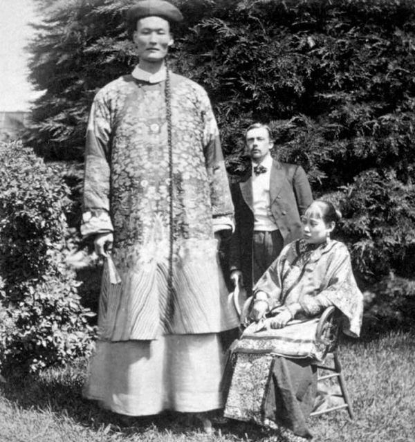 """late+1800s:+""""Chang+the+Chinese+Giant""""   Weirdness ..."""