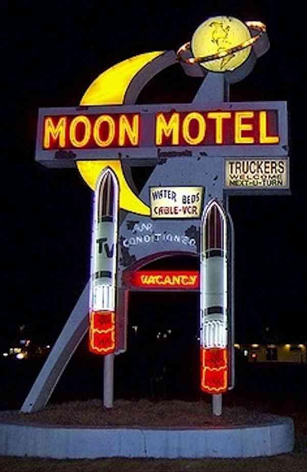 Shoot Moon Painting Lights