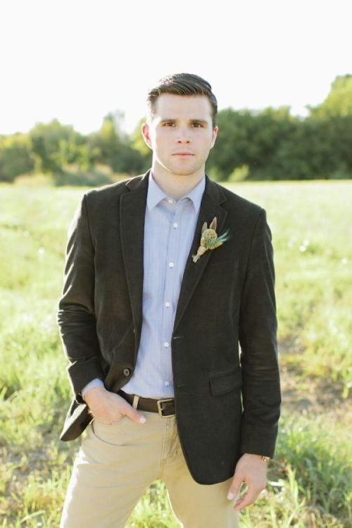Your Guide to Casual Groom Style