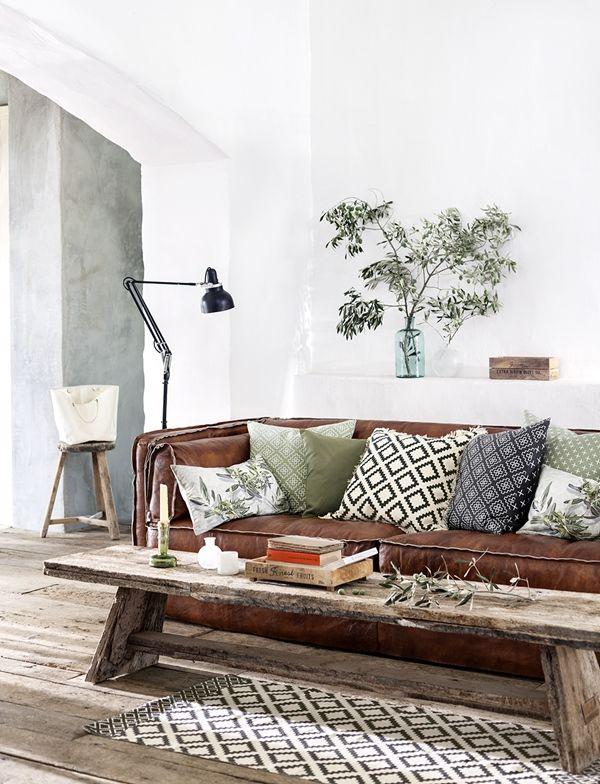 sofa..: