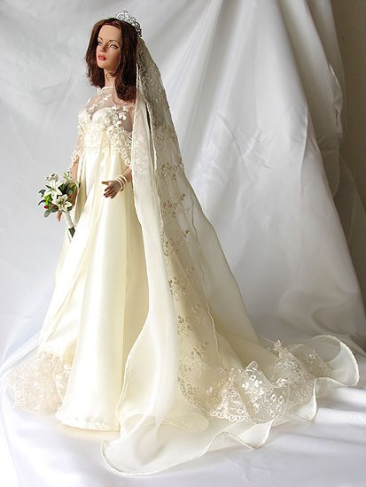 17 Best Images About Porcelain Bride Dolls On Pinterest