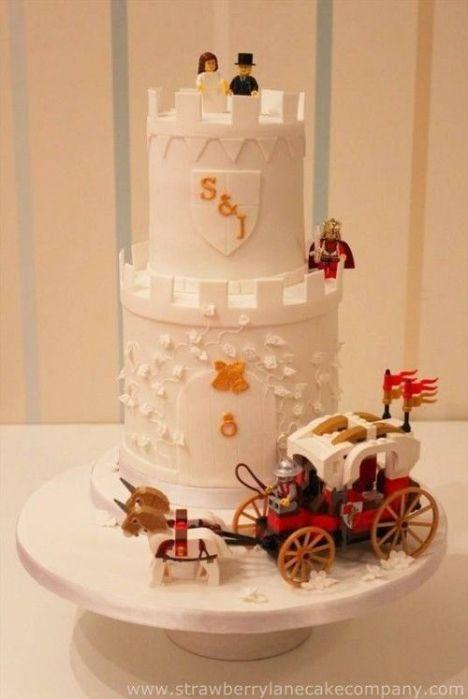 25 Cool Lego Wedding Inspirations | Weddingomania: