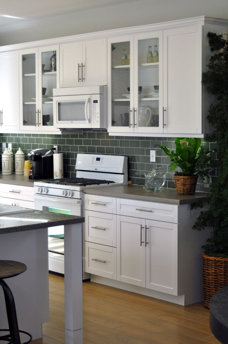 17 best images about thermofoil cabinets on pinterest white shaker kitchen modern kitchen on kitchen ideas cabinets id=58588