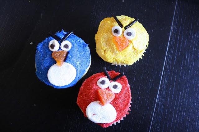 She Sells Seashels: Cakes + Cupcakes: A Birthday History