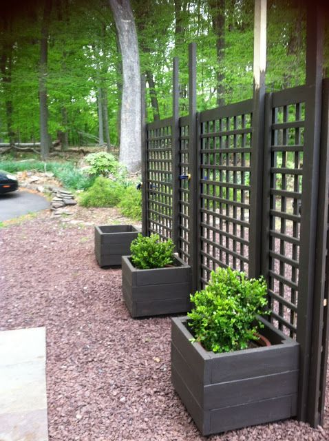 trellis  diy movable privacy screen brattle fence interiorsalvage.  Thinking of