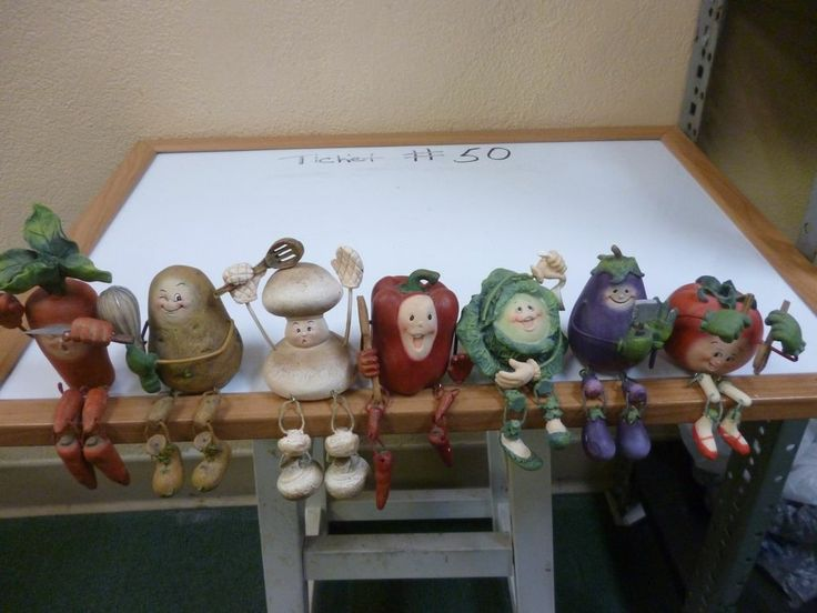 Vegetable Shelf Sitters Resin Figurine With Dangling