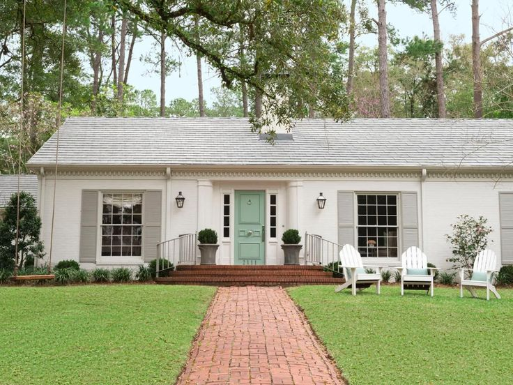 the best designer tested decorating tips hgtv on exterior house paint colors schemes id=18102