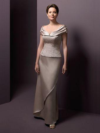 opciones de vestidos para mamá en ocasiones especiales. - crbye magazine