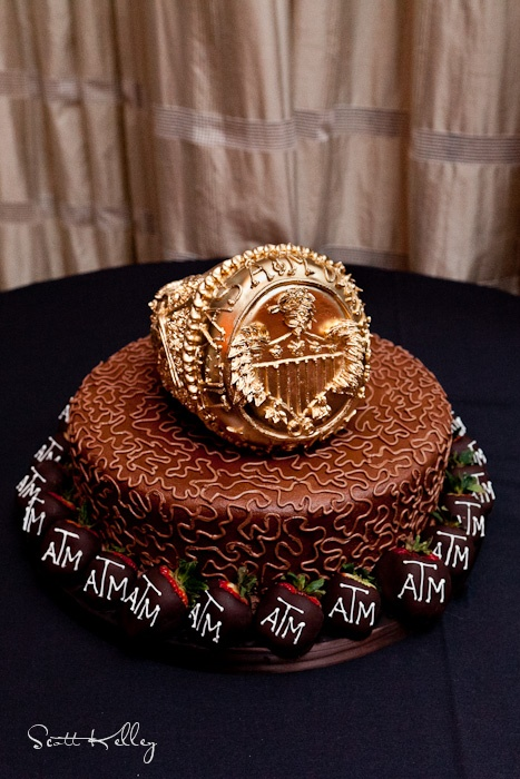 Class Ring For A Grooms Cake Chapel Pinterest