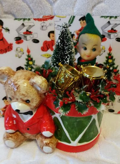 1000 Ideas About Christmas Planters On Pinterest