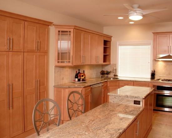 I LIKE THIS ONE: Maple cabinets, light granite | Kitchen ... on Best Granite Color For Maple Cabinets  id=15145