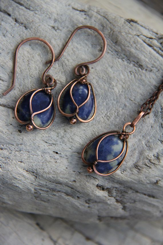 Copper+and+Sodalite+Blue+Bells+wire+wrap+by+Keepandcherish+on+Etsy,+$25.00