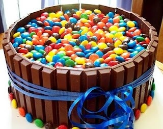 kit kat cake, filled with m&m's  Hell yea!