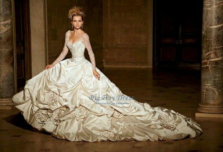 Eve Of Milady Long Sleeved Wedding Dress