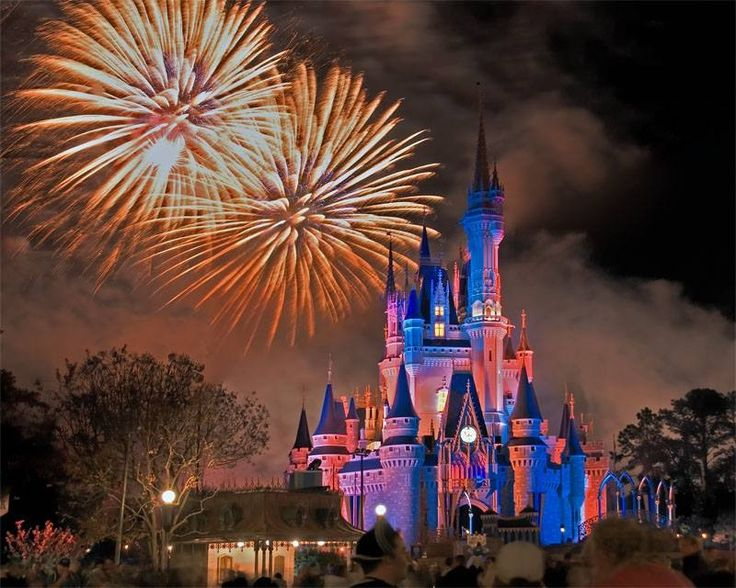 Fireworks Over Cinderellas Castle Great Castle Photos Pinterest Cinderella Castles And